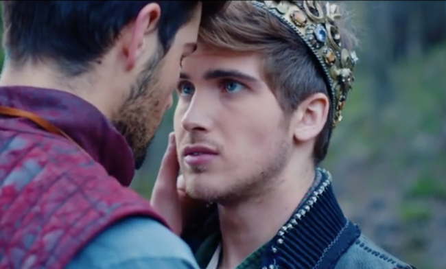 Popular Youtuber Joey Graceffa Comes Out In New Music Video