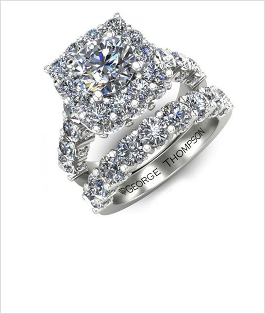 This is a gorgeous diamond wedding ring I love how you can see