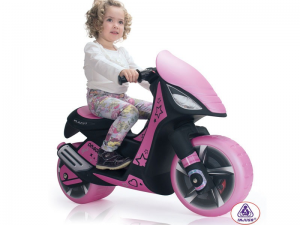 Big Toys USA Inj-6872 Injusa Dragon Scooter 6v Pink. Your little one will love this spectacular Injusa Dragon Scooter. With its sleek design and pink/black color combination, these kids battery powered scooters are all the rage. Riding battery operated vehicles will help develop your child's coordination at an early age. Manufactured Europe, Injusa brand toys meet the highest quality and safety standards. Specs: Recommended age: 3+ Max rider weight: 75 lbs Speed: 4 mph Motor(s): 1 x 6 …