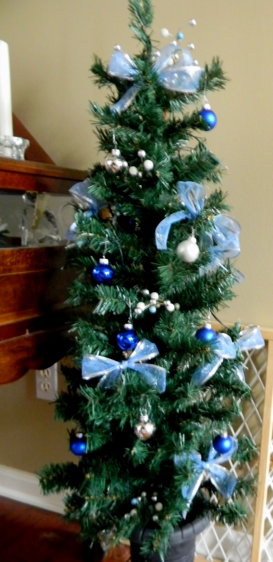 Mini Tree's- bows, twig and ornaments