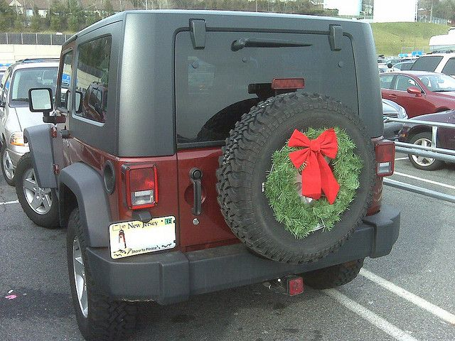 My Jeep Rubicon With A Christmas Wreath Rear Jeep Wrangler Girl Jeep Baby Jeep Wrangler Lights