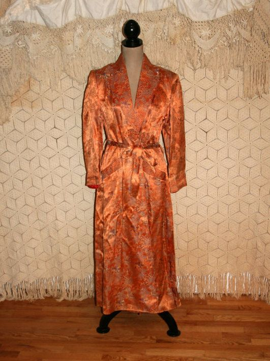 Vintage Dressing Gown 20s 30s 40s Robe Bathrobe Satin Brocade Copper Asian Toile Pagoda Print Art Deco 1920 Gowns Dresses Vintage Ladies Stunning Dresses Gowns