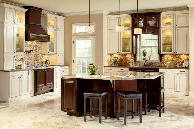 Maple Cream Glaze Cabinets Charlottesville Hd Kitchen