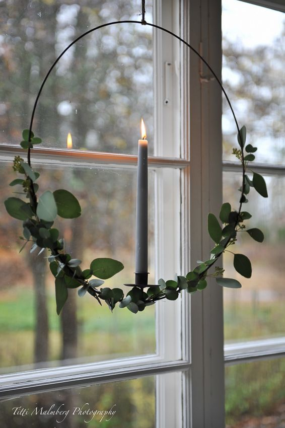 Photo of Eucalyptus wreath by candlelight in the window !! – HWIT BLOGG #Christmas window sill …