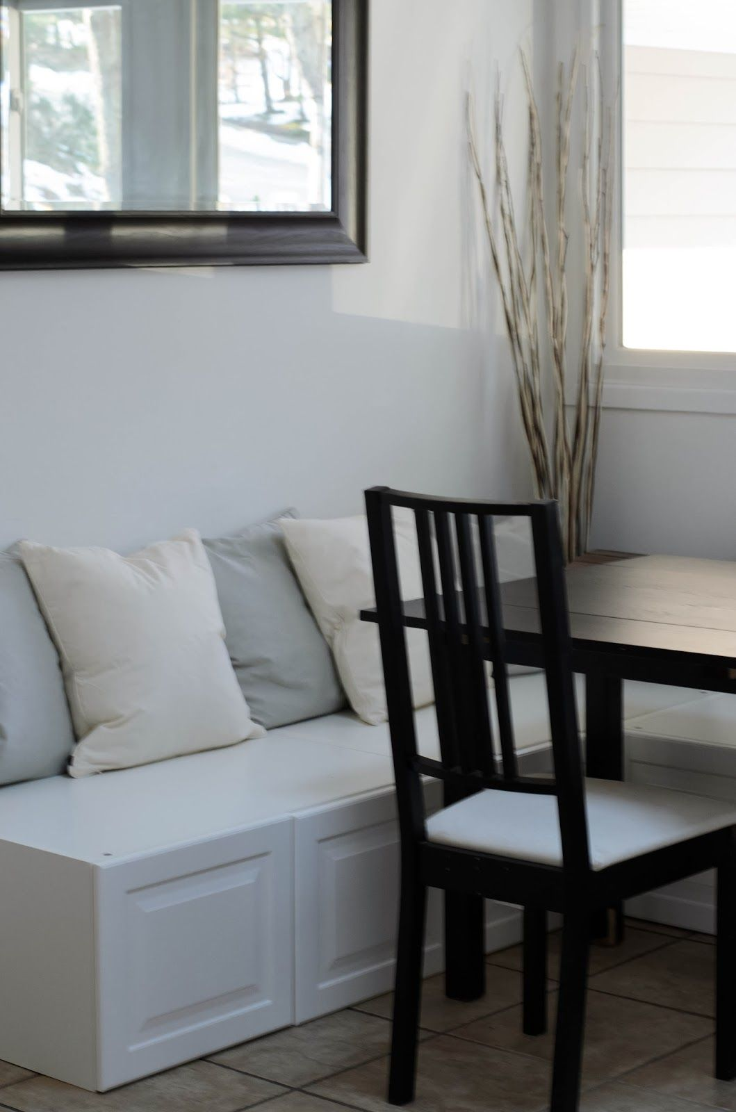 Easy DIY Breakfast Nook   Ikea Hack