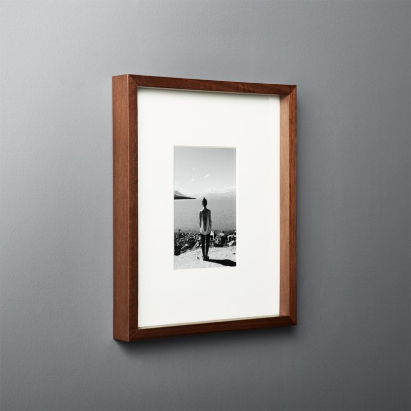 Gallery Walnut Frame With White Mat 4x6 Reviews Cb2 Picture Frames A Frame Cabin Gallery Frame