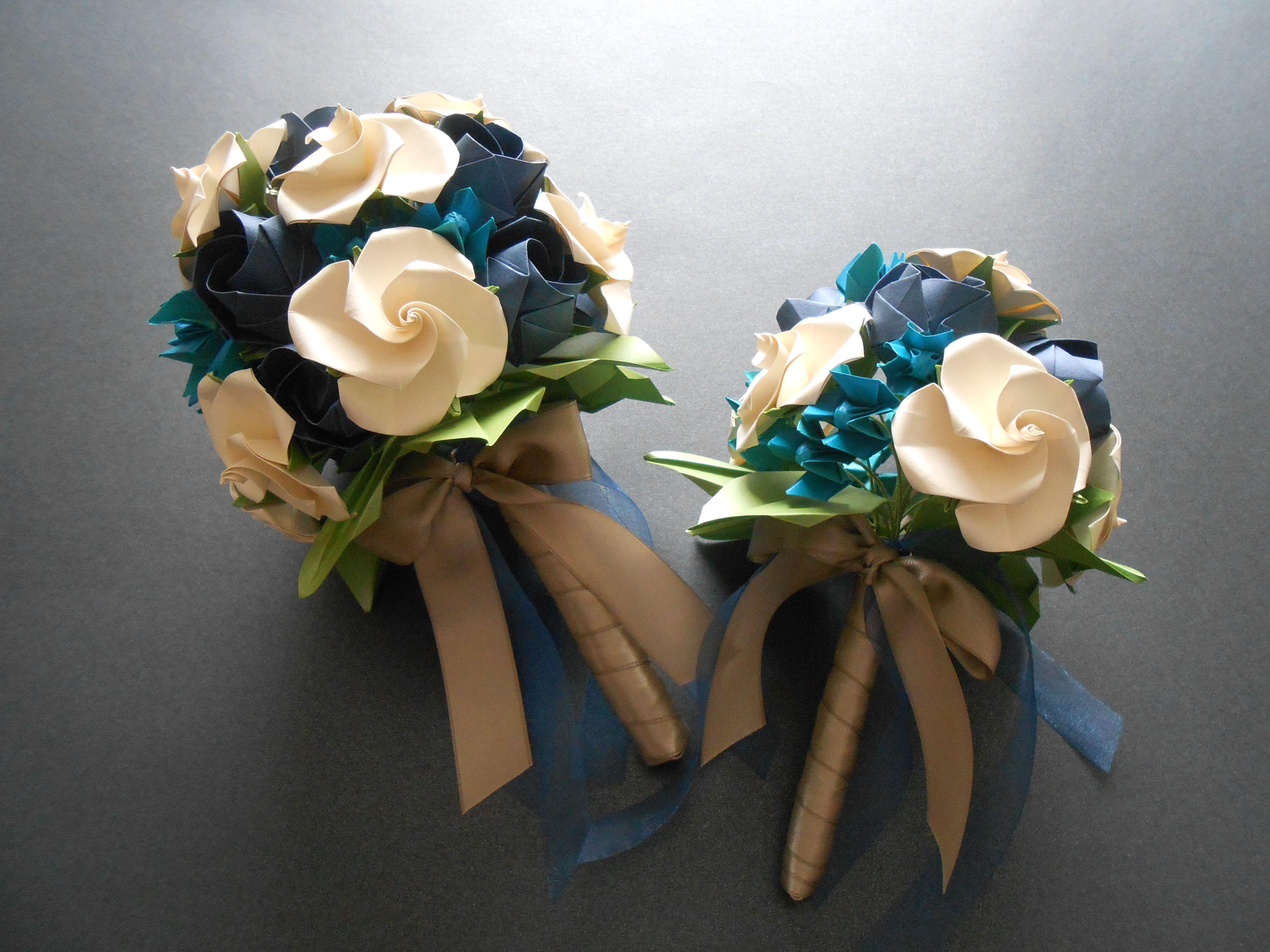 Bouquet realizado con rosas Kawasaki, Bird base roses de Minoru Sakoda y Jazmines de Yuri & Katrin Shumakov