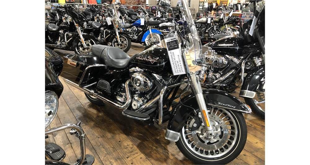 2012 HarleyDavidson® Road King Harley davidson, Touring