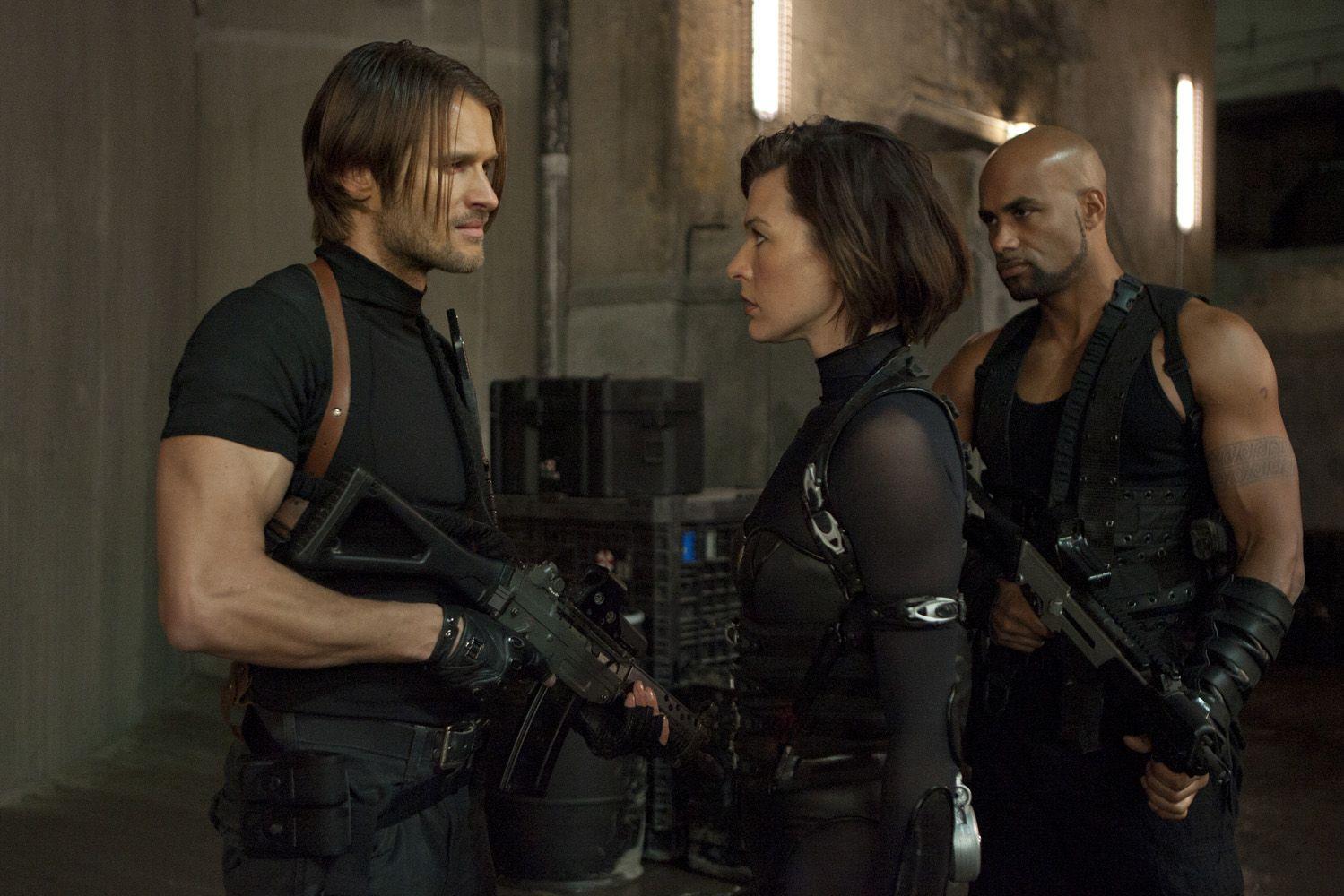 Alice Meets Leon Resident Evil Movie Resident Evil Leon Resident Evil 5