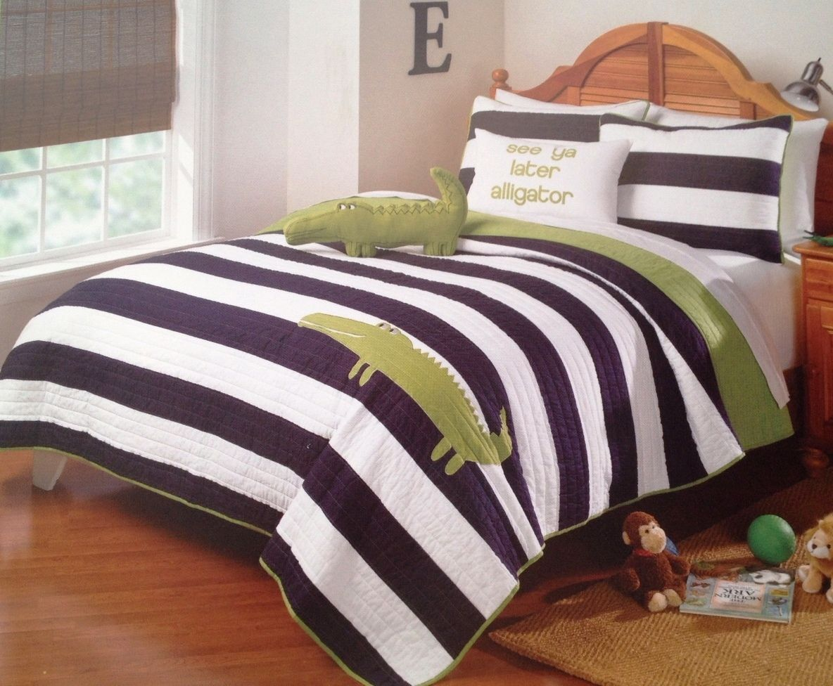 From Ivy Hill Home Kids Collection of bedding, this is a Navy Blue ... : ivy hill quilts - Adamdwight.com