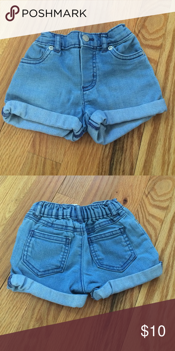 Carter's Girls Shorts. Size 12M Carter's Girls Shorts. Size 12M Carter's Bottoms Shorts