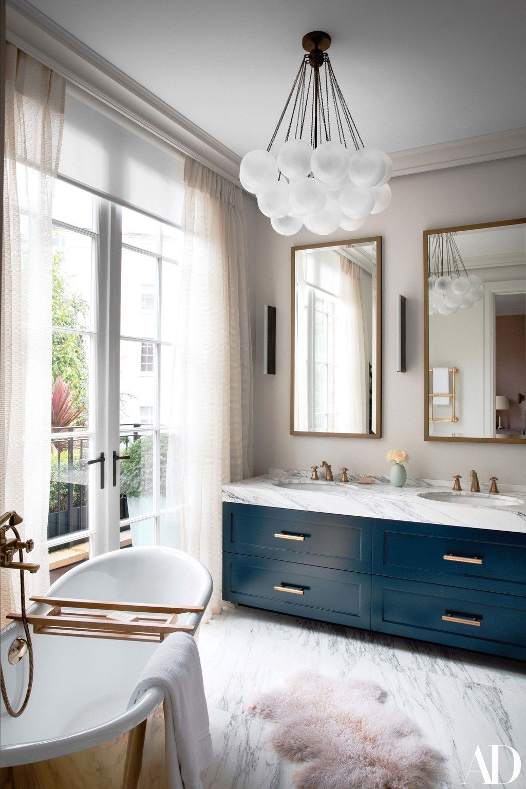 This Stunning London House Is The Perfect Place To Put Down Family Roots Color Bathroom Design Bathroom Design London House