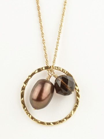 Chocolate pearl necklace for a fall themed wedding.  Great bridal attendant gift!