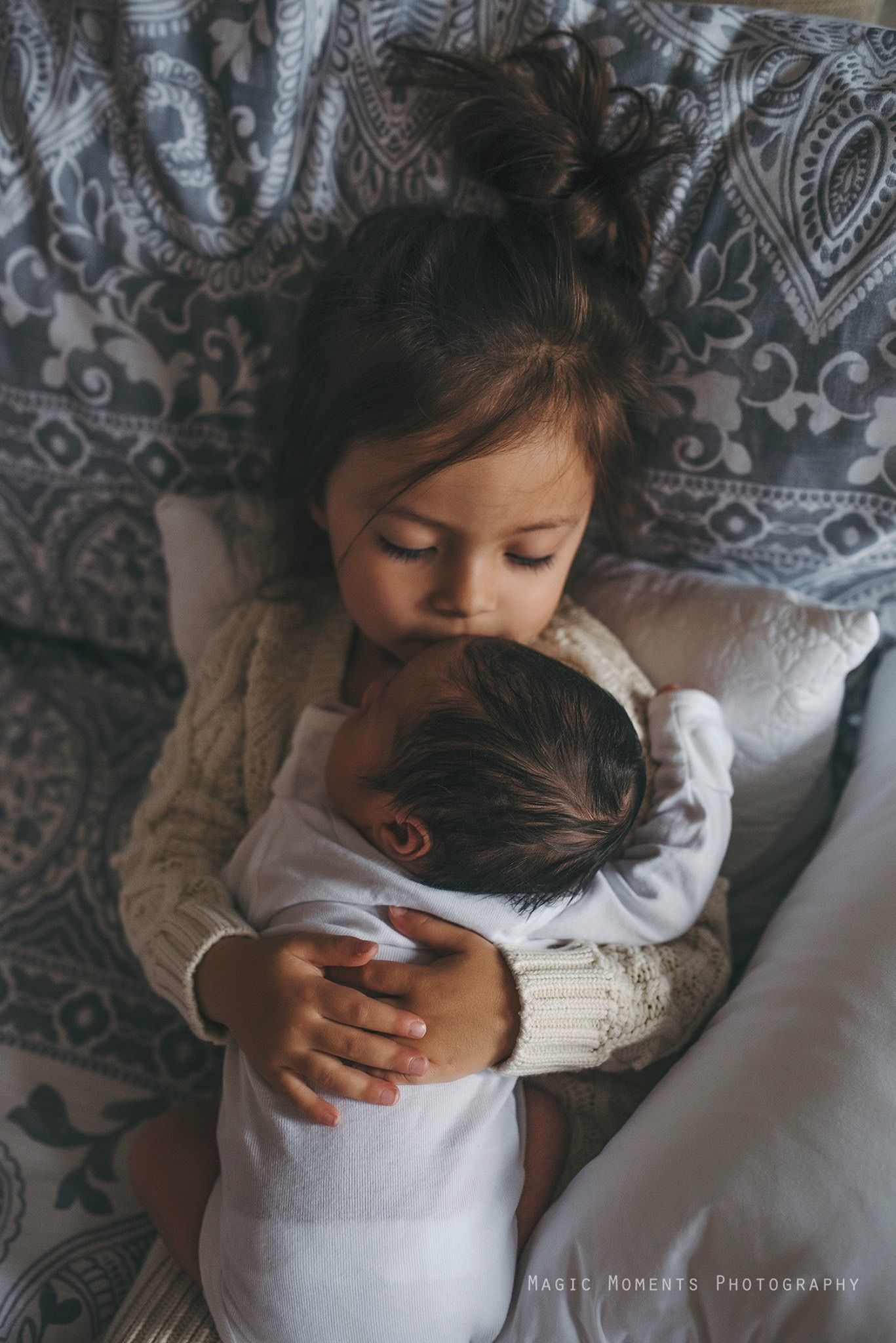 Sibling Photography Newborn Holding Baby Love Family Ideas Shots