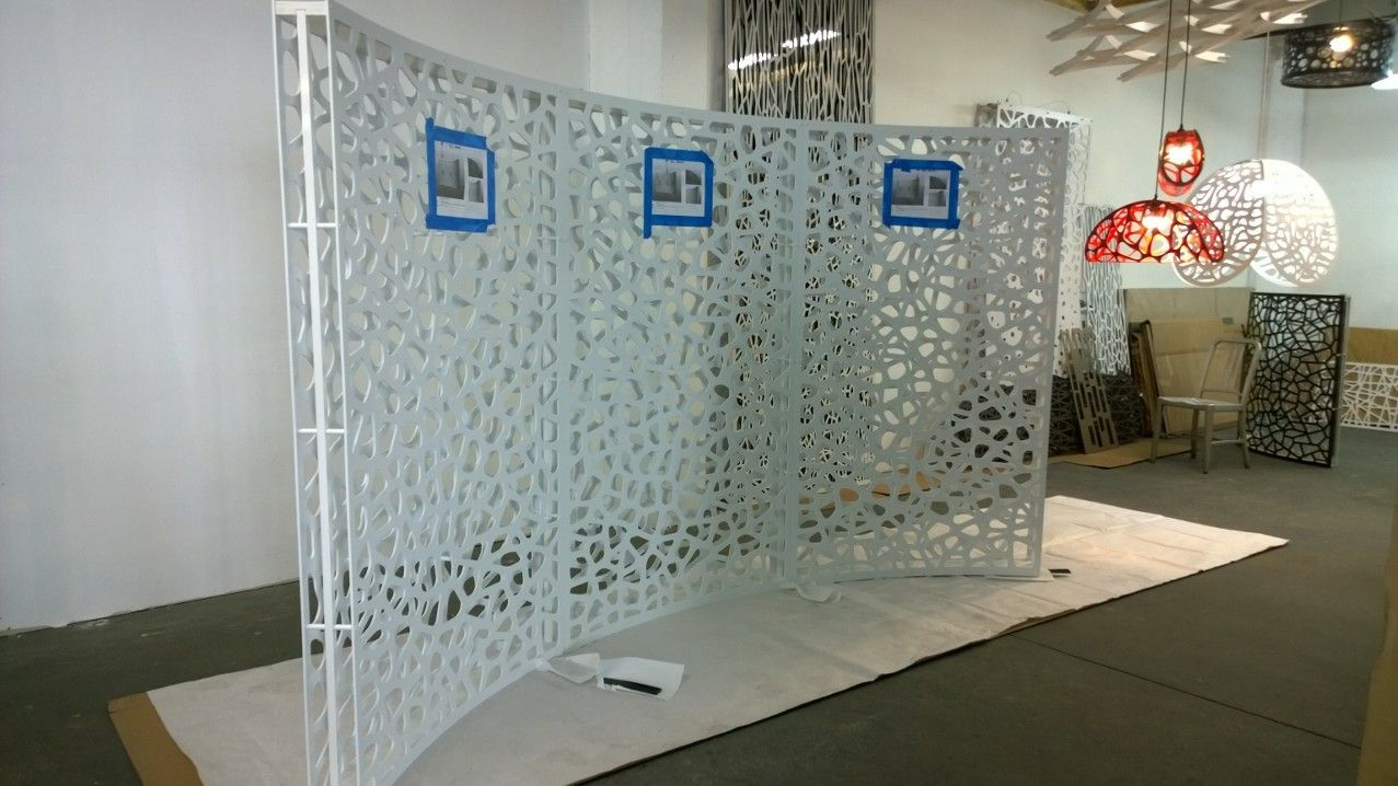 Freestanding screen room divider curved pvc double layer