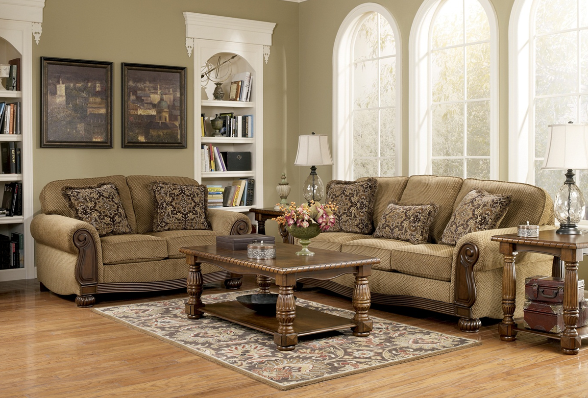 Using Traditional Furniture For A Pleasant Look Living Room Sets