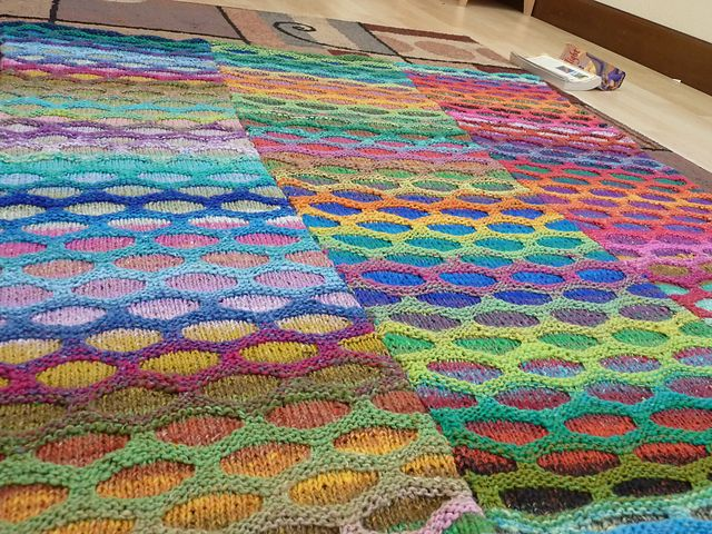 MFree knitting patterns for Honeycomb Waves Blanket - great for ...