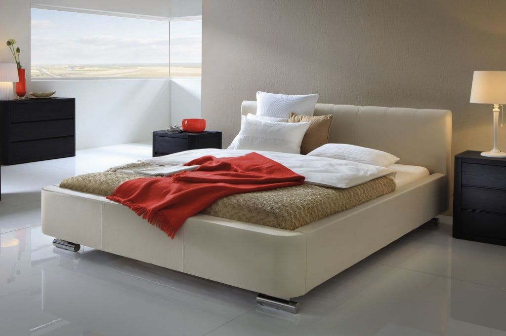 Moderne Schlafzimmer Bilder Wasserbett mit Bettrahmen - bordeaux schlafzimmer