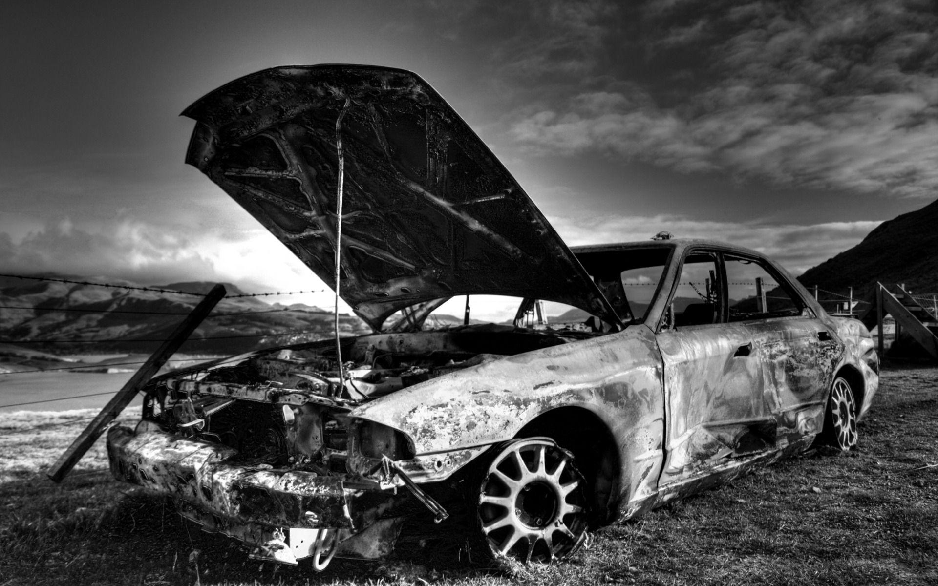 Black White Destroyed Car Black And White Wallpaper Black And White Background White Wallpaper