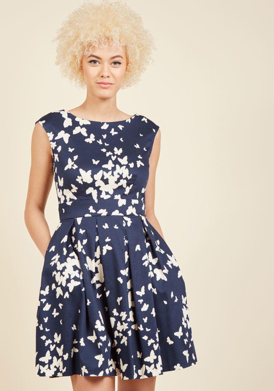 Closet London Luck Be a Lady ALine Dress in Fern in 24