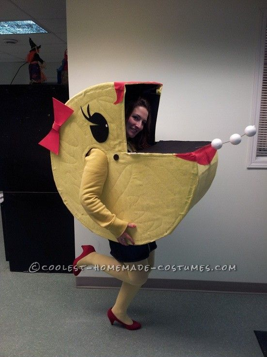 original homemade halloween costume ms pacman comes alive homemade halloween halloween. Black Bedroom Furniture Sets. Home Design Ideas
