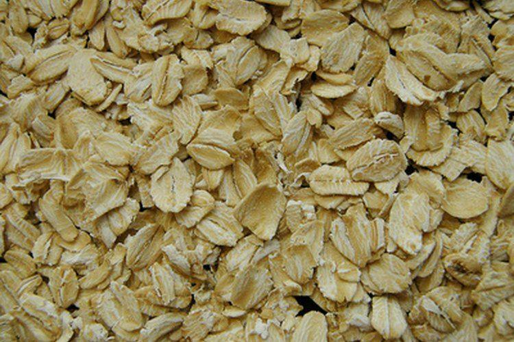 How to Make Homemade Lotion Using Oatmeal