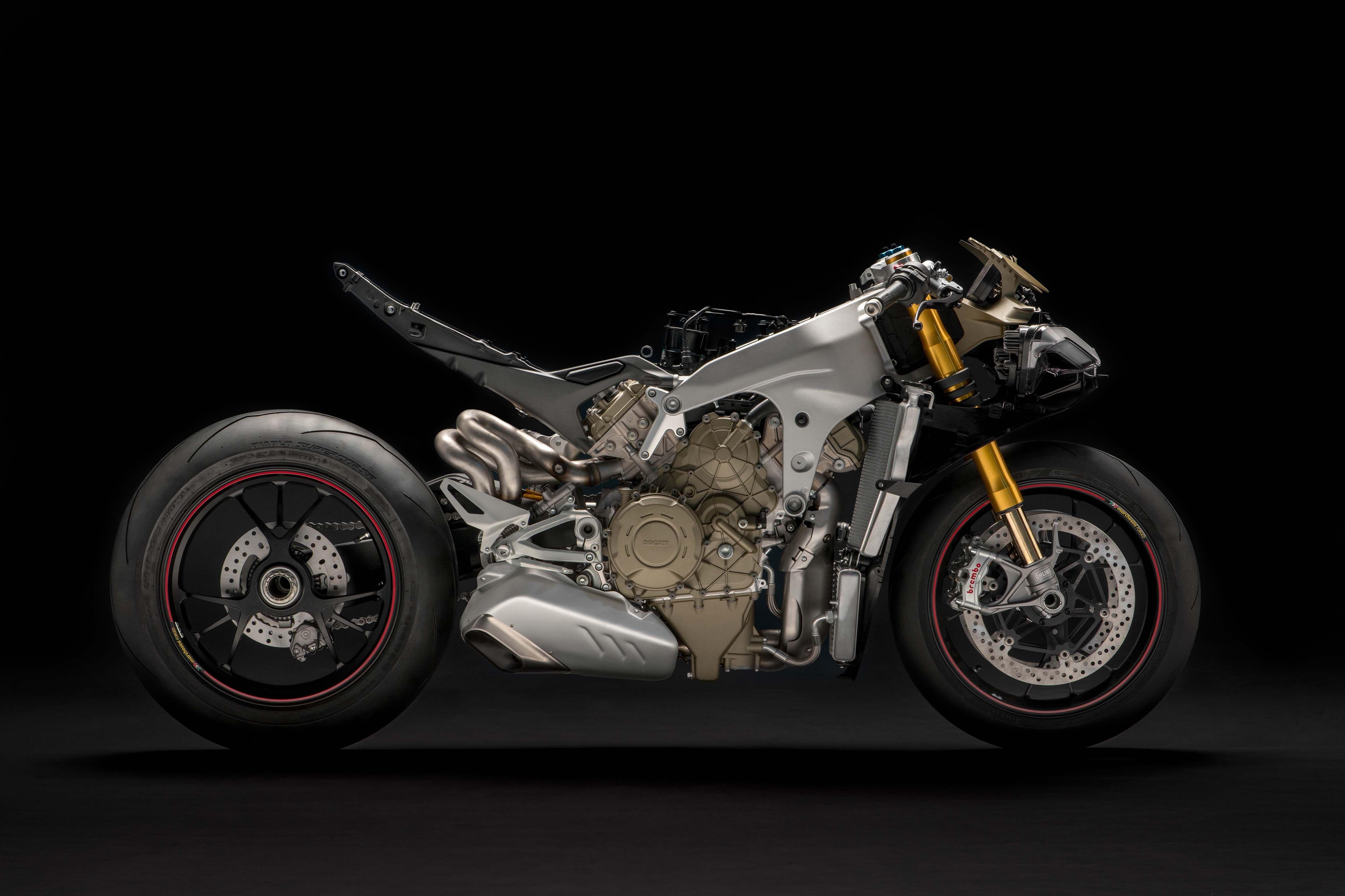 Ducati Panigale V4 2018 Naked Moto Preparation Specials