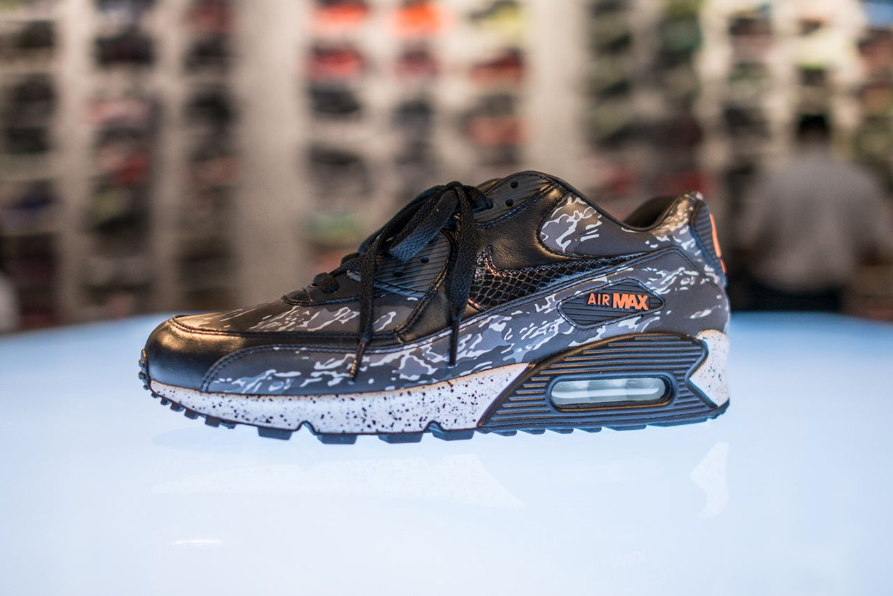 "separation shoes 43833 7d9fe Nike Air Max 90 atmos Exclusive ""Black Tiger Camo"""