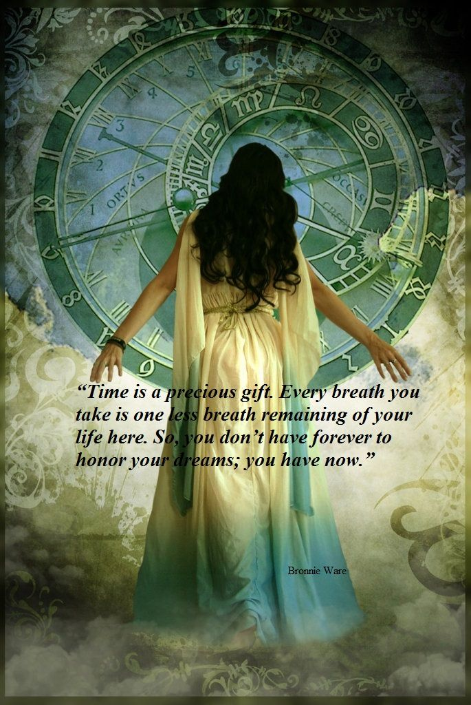 The Wheel of Time turns, and Ages come and pass, leaving memories that become legend. Legend fades to myth, and even myth is long forgotten when the Age that gave it birth comes again. ☥  ANONYMOUS  ☥
