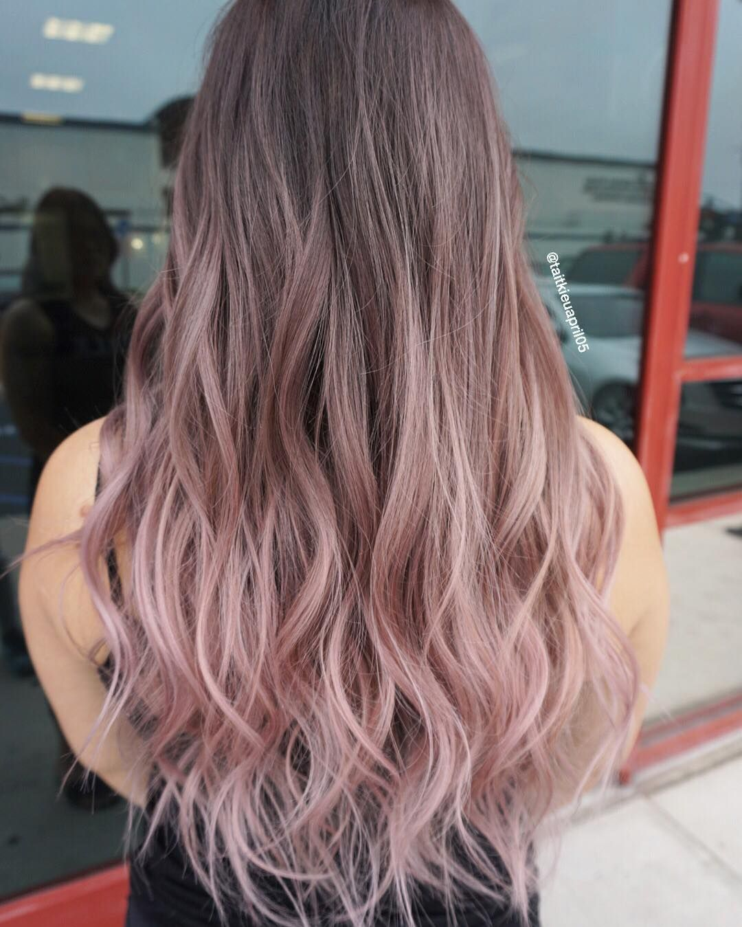 STRAWBERRY MILKSHAKE?  #olaplex @olaplex #hairslut #hairporn #hairstyle #pinkhair #modernsalon #hairdresser #violetmetallic #behindthechair #americansalon #colorcorrection #colormelt #hairpainting #pastelhair #silverhair #love #blondehair #platinumblonde #whiteblonde #icyblonde #grannyhair #balayage #ombre #asianblonde #silvermetallic #silverblonde #platinumblonde