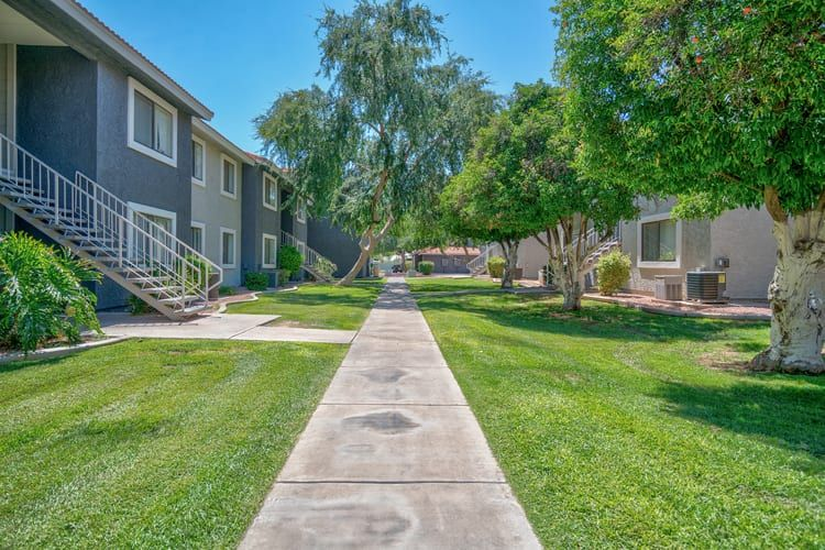 Argenta In Mesa Sells For 50 275m Argenta A 396 Unit Apartment Community At 4104 E Broadway Rd In Mesa Has Been Sold Argenta Apartment Communities Mesa