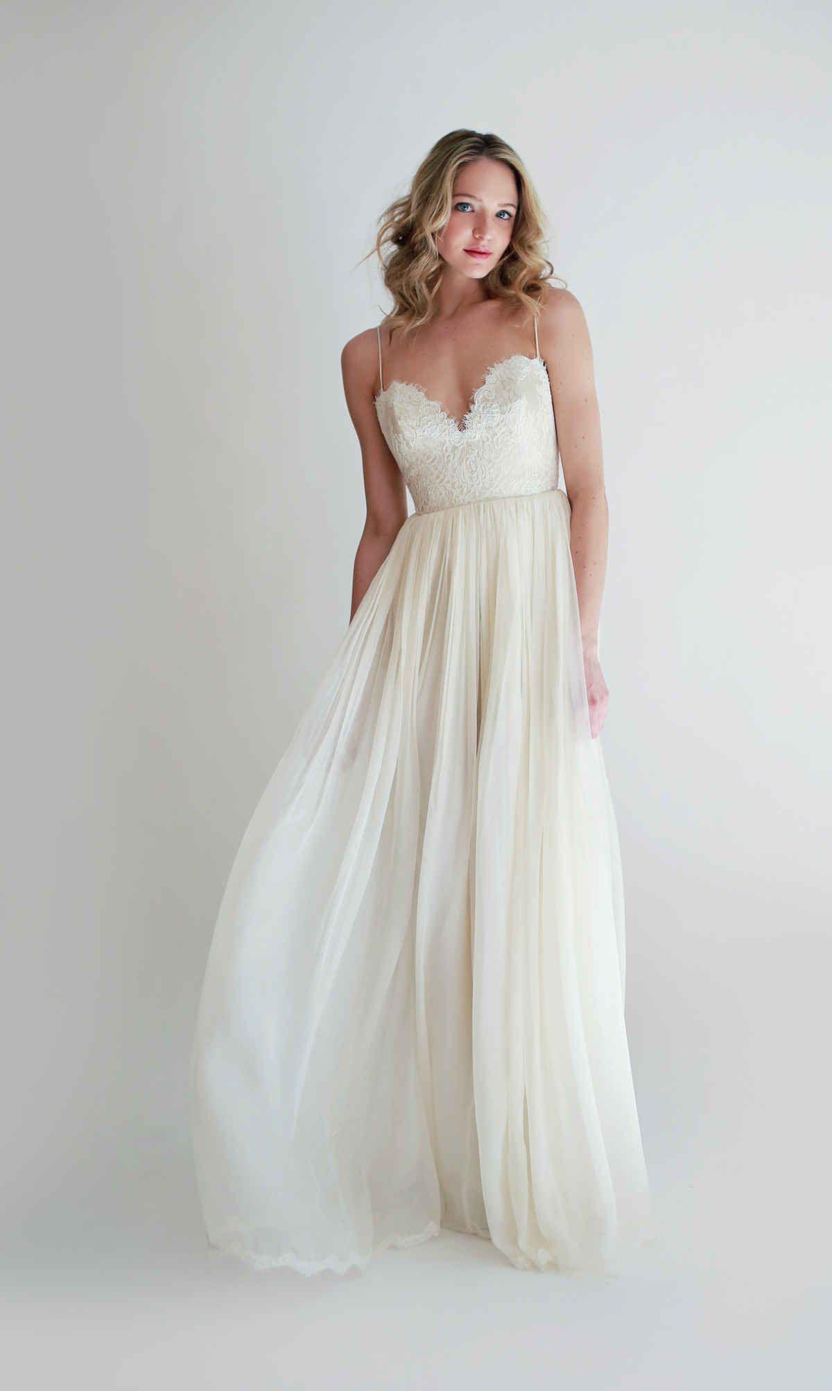 Best beach wedding dresses  Best Beach Wedding Dresses for   Leanne marshall Wedding and