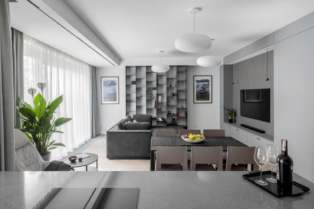 Minimalistyczne Oswietlenie Do Otwartej Kuchni Polaczonej Z Salonem Ih Internity Home Home Living Room Designs House Interior