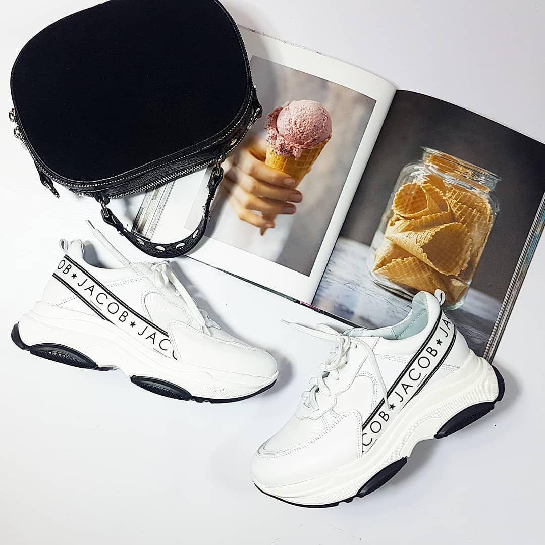 Najmodniejsze Trendy Tegorocznego Sezonu Wiosna Lato 2019 Projekt By Jacob Wykonanie Nasza Ulubiona Marka Nessi Ne Shoes Air Jordan Sneaker Air Jordans