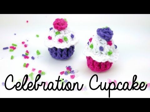 Babeczka na szydeku Breloczek Crochet birthday cupcake Keychain