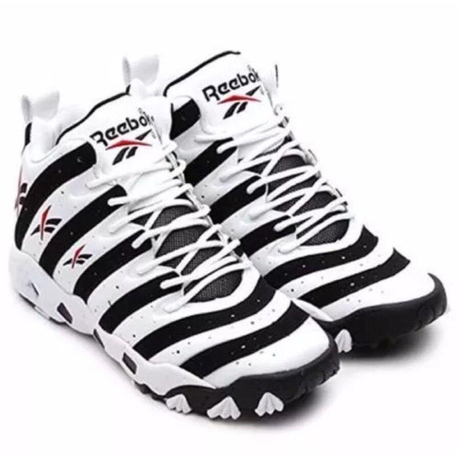 e6b75a8a84de Reebok Big Hurt Frank Thomas Shoes Sneakers Trainers Black White Size 12 Tech  90s Men s  Reebok  AthleticSneakers  reebokbighurt  frankthomas  reebokshoes  ...
