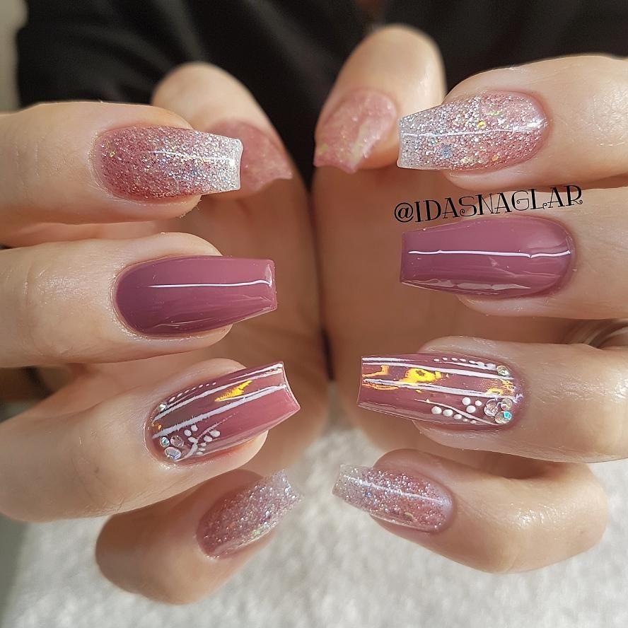 29 Amazing beautiful nail art design ideas - Winter nail art , Acrylic nail art design #nail #nails #nailideas #nailart #manicure #acrylic