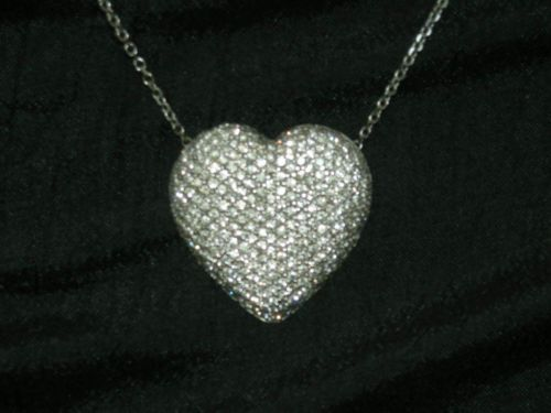 White Gold Diamond Heart Necklace The Twitch Pinterest