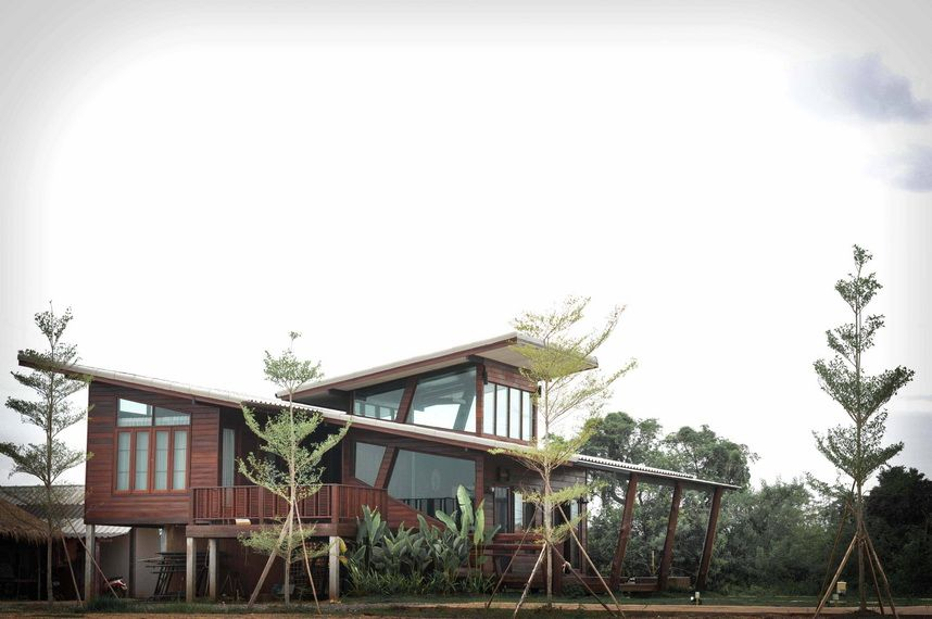 modern-thai-oldschool-wooden-house (2) | coffee CI | Pinterest ...
