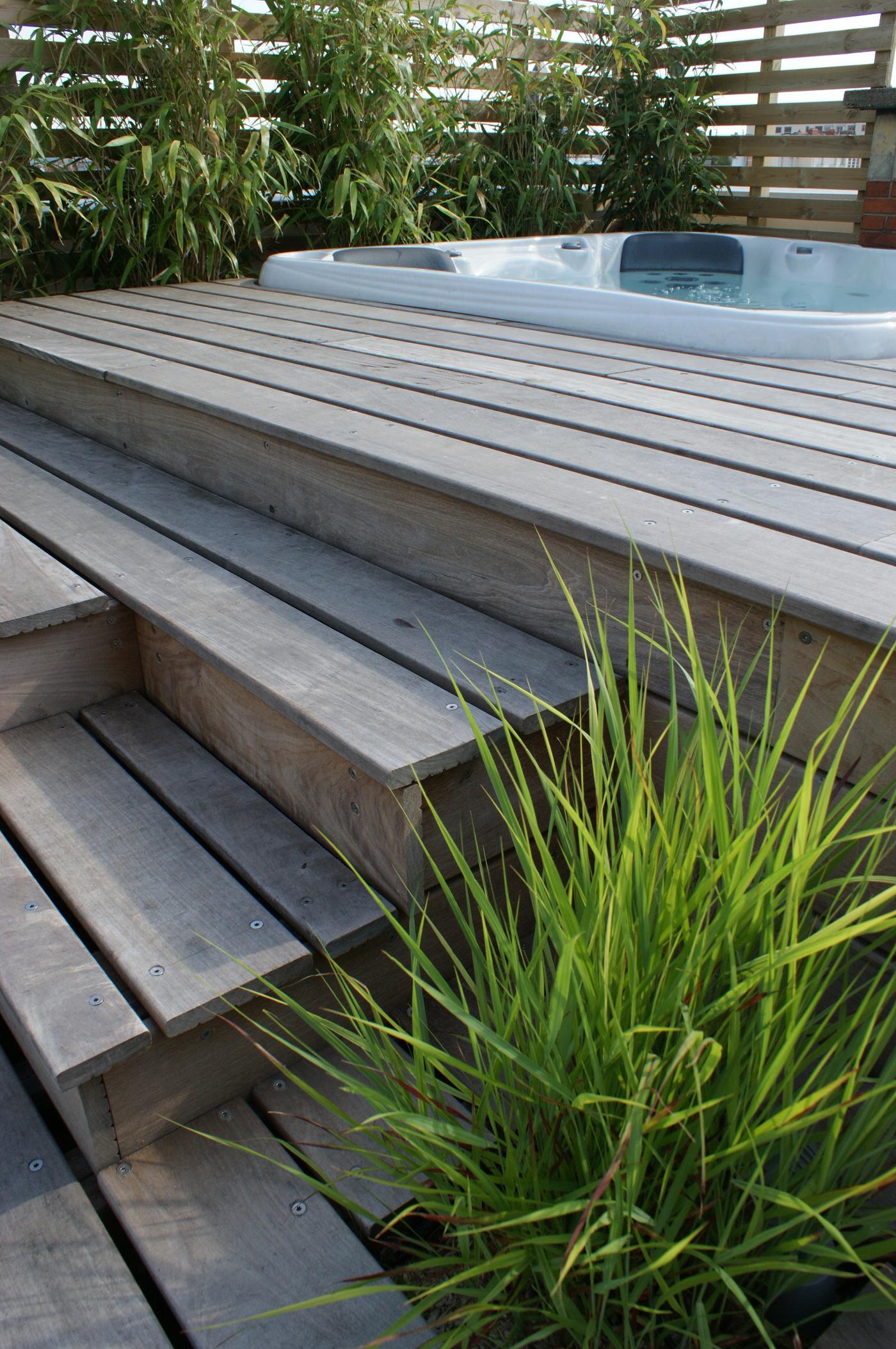 meuble intégrant le spa   balcons et terrasses en 2018   pinterest