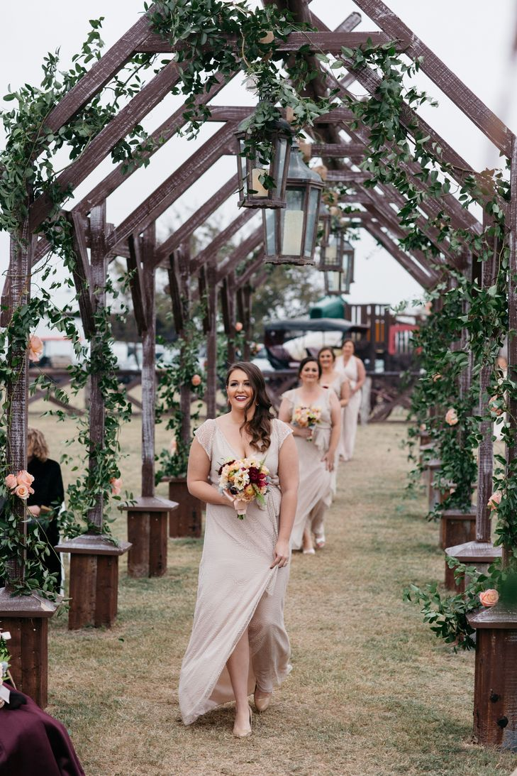 A Fall Wedding At Willow Creek Ranch In Cleburne Texas