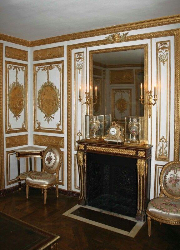 Versailles LE CABINET DES BAINS (LOUIS XV) / LE CABINET DE LA CASSETTE ( LOUIS… | Boiseries, Versailles, Louis xvi