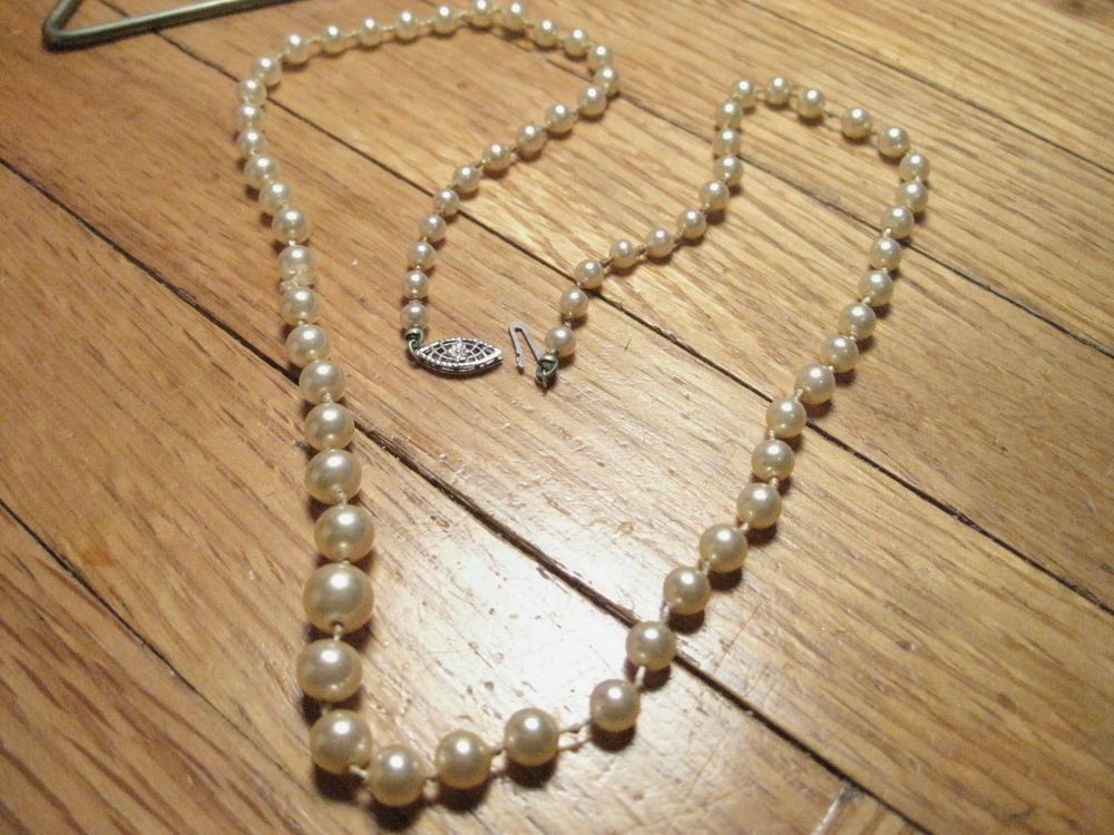 Party Silver tone Fitting Single Strand 8 mm Pearl Necklace Wedding
