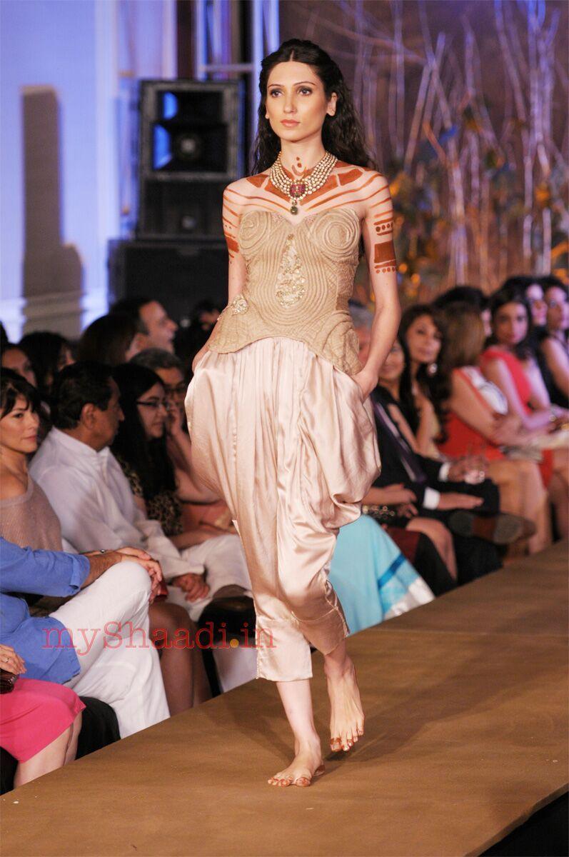 Rina dhaka indian bridal wear indian couture pinterest