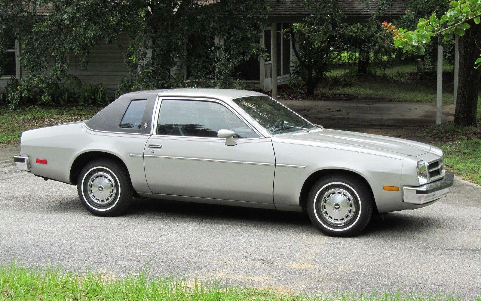 3 500 Monza 1980 Chevrolet Monza Towne Coupe Chevrolet Monza