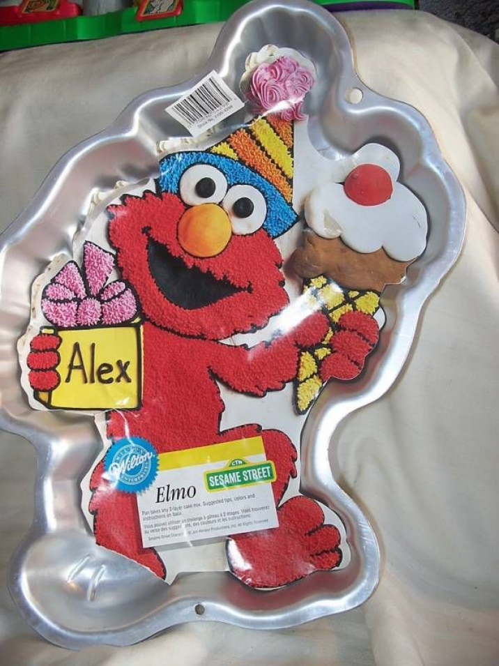 Elmo Cake Pan Full Body