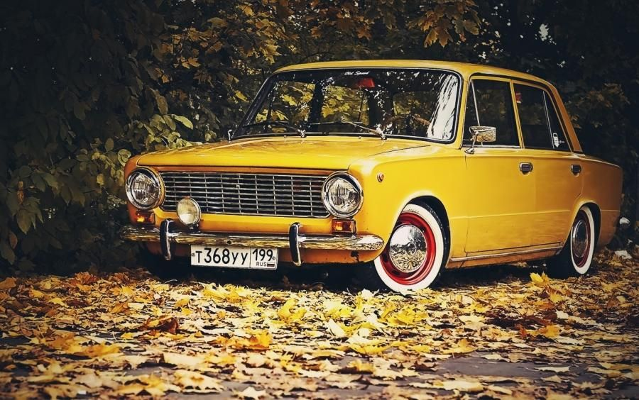 An old Fiat car model of the \'60 - Fiat 124 Sedan | Mobile ...