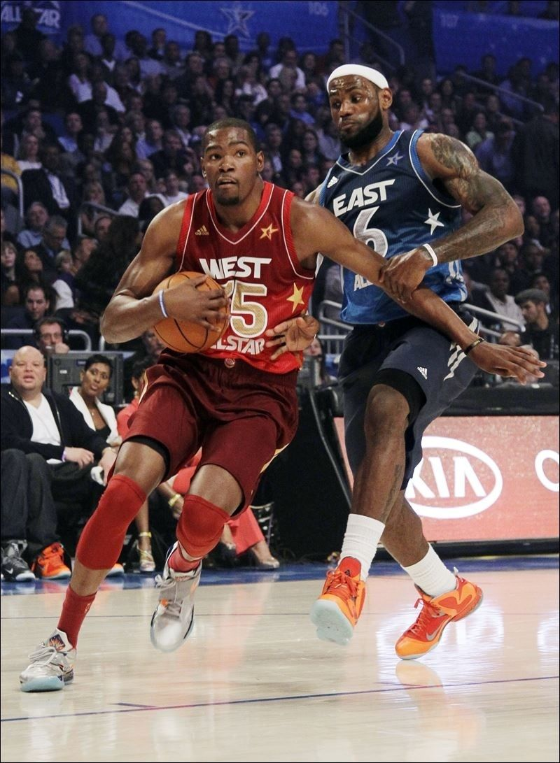 7ce233f15 Aptopix Nba All Star Game Basketball Kevin Durant Goes Past Lebron James  Shoes