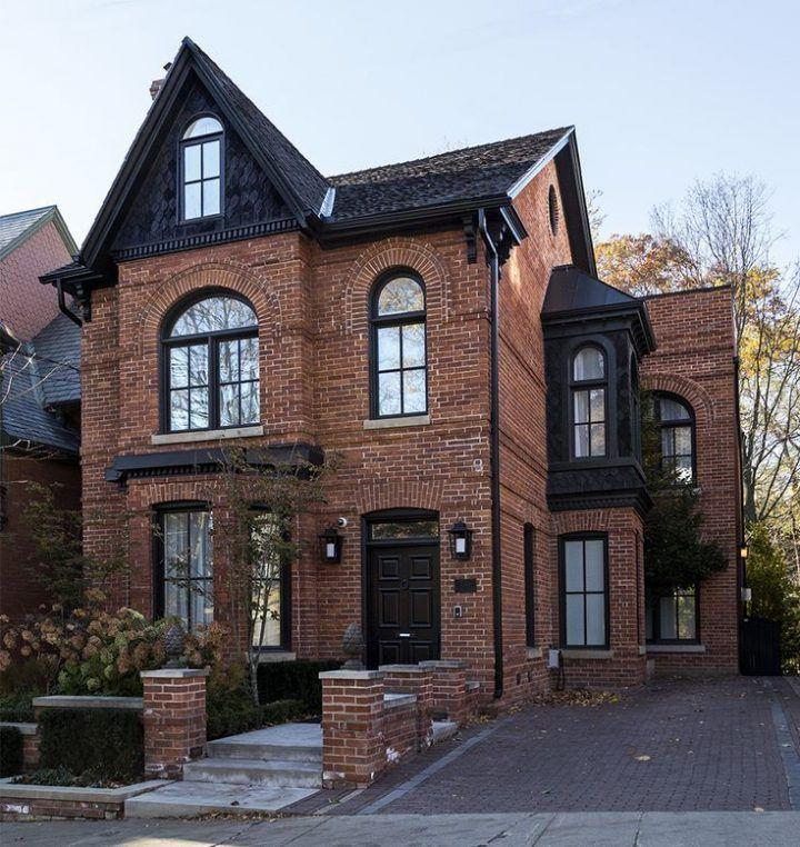 Ich liebe den Ziegelstein und Schwarz #housegoals