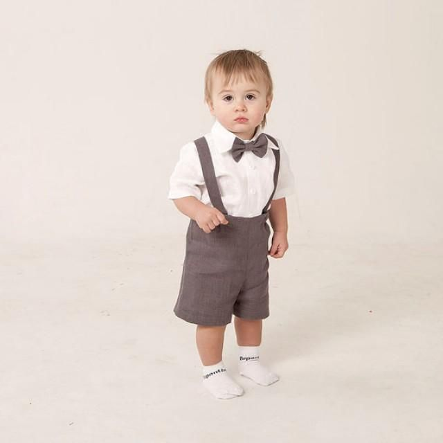 Give your baby beautiful clothing. In gratitude he will give you a smile.  Ready to ship.  Baby boy linen suit includes SET of 4 : Shorts Suspenders